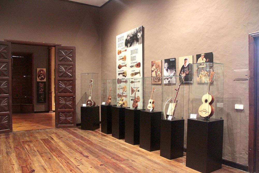 Rodrigo-Cornejo-Diseño-Imagen-Comunicacion-Arte-y-Cultura-Pintura-Grabado-Ilustracion-Carteles-Casa-del-Timple-MUSEO-14